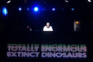 Totally Enormous Extinct Dinosaurs