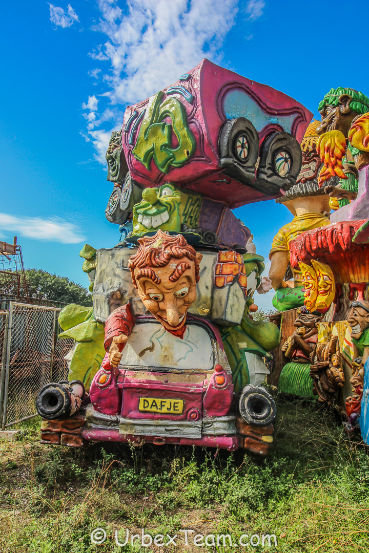 Carnaval Graveyard 16