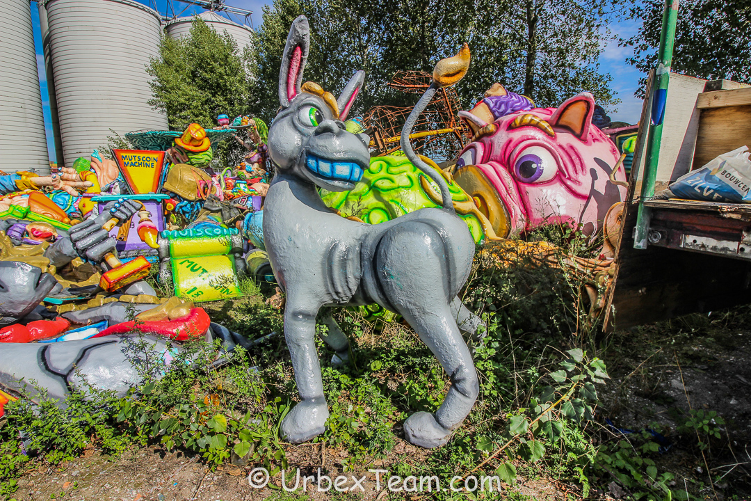 Carnaval Graveyard 8