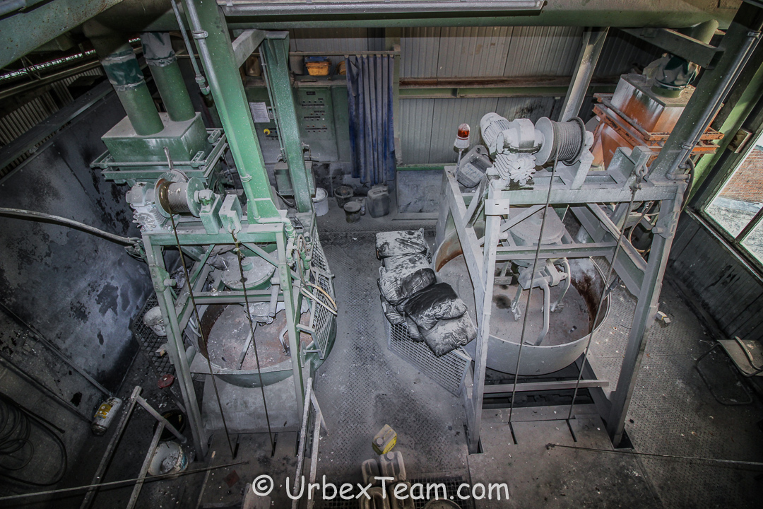 Factory B 14