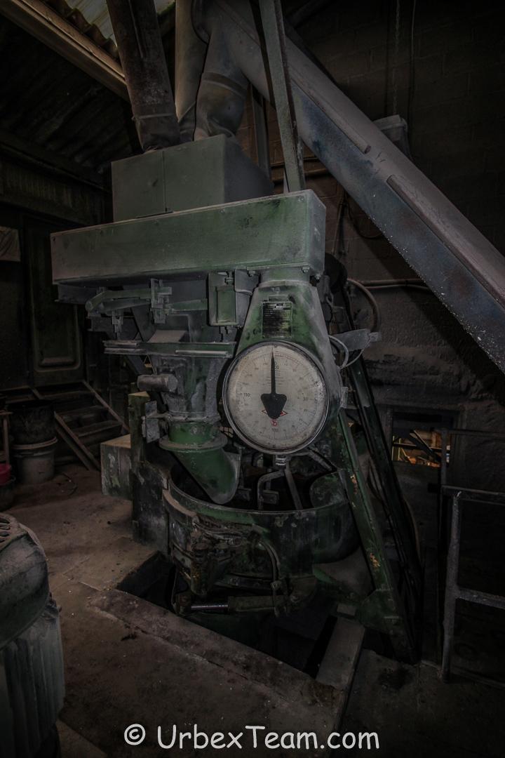 Factory B 3