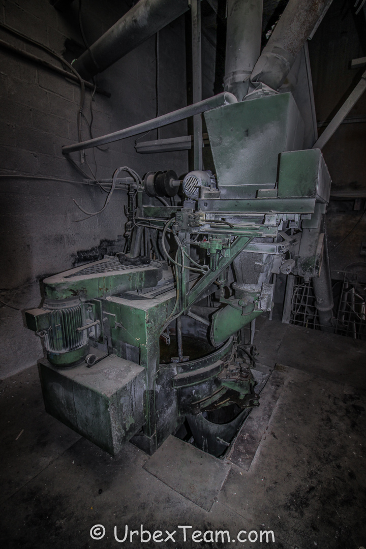 Factory B 4