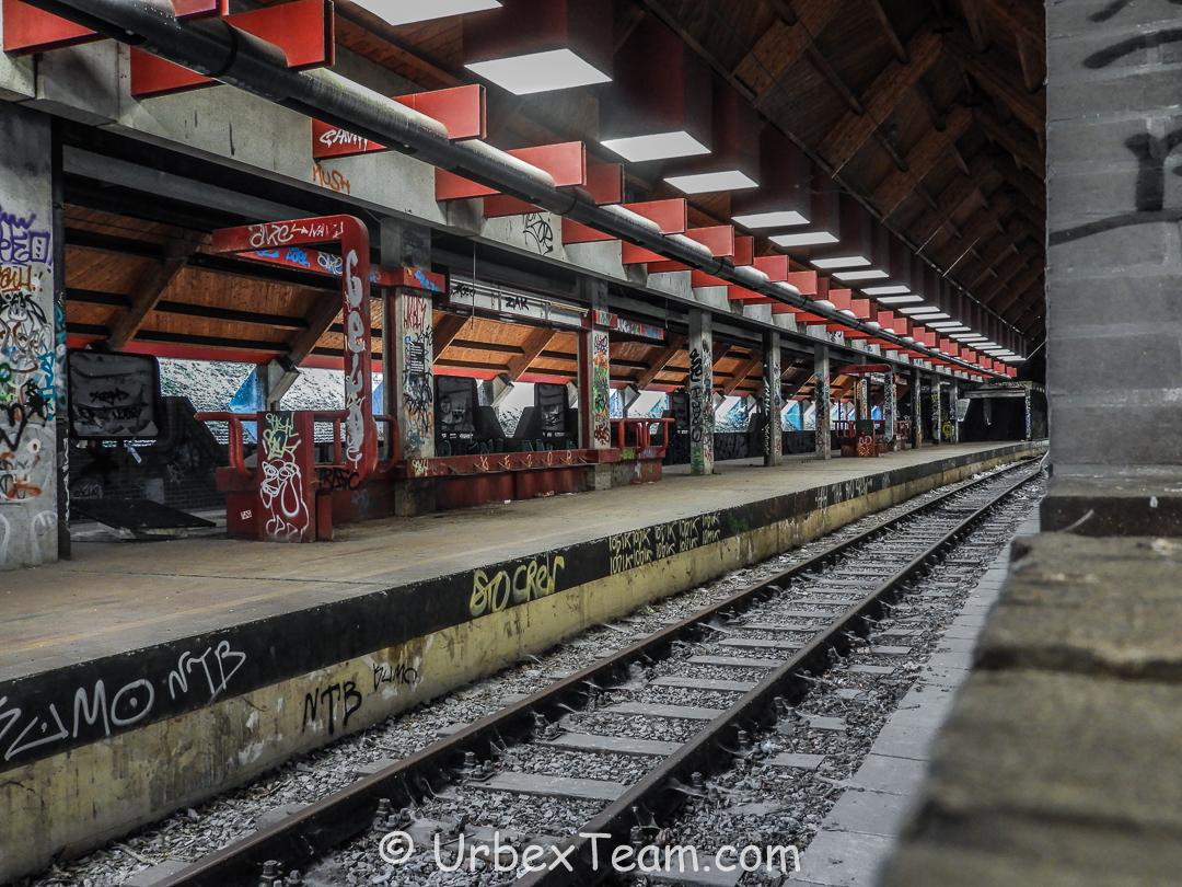 Metro Chet 10