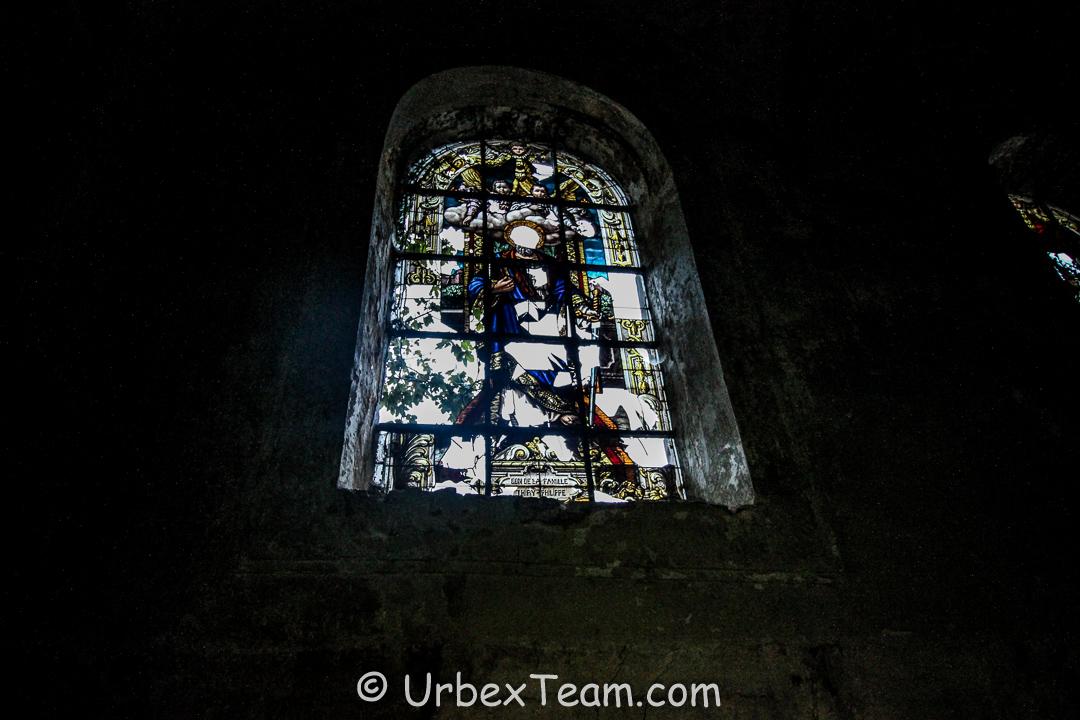 Gravestone Church 10
