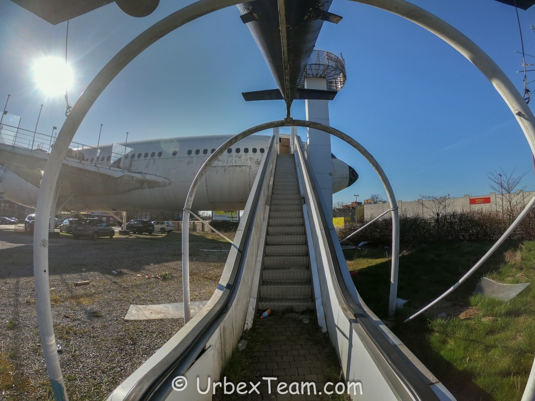 Airbus Cafe 2