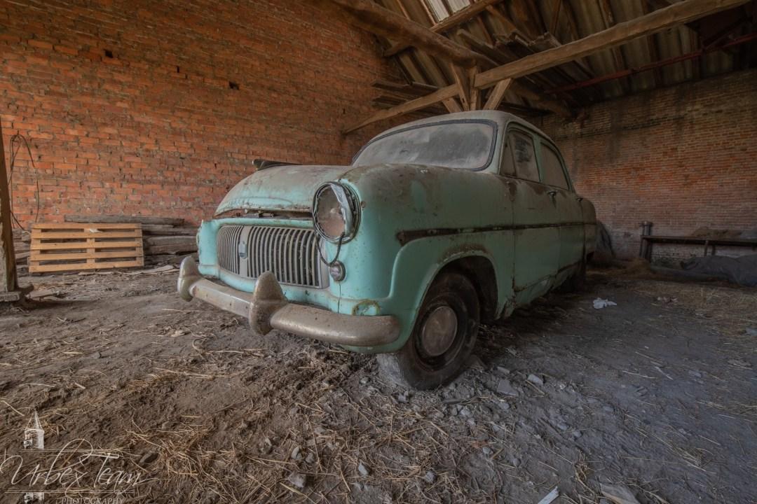 Oldtimer Barn 2