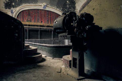 theatre-cinema_varia_urbex_01