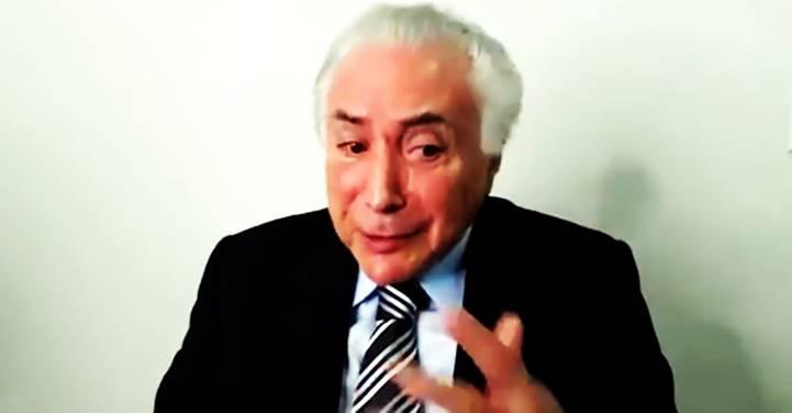 """""""Como o vice é sempre o primeiro suspeito, eu vim pra São Paulo"""", diz Temer sobre o impeachment"""