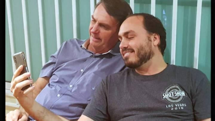 MP-RJ diz ter 'indícios suficientes' de peculato no gabinete de Carlos Bolsonaro