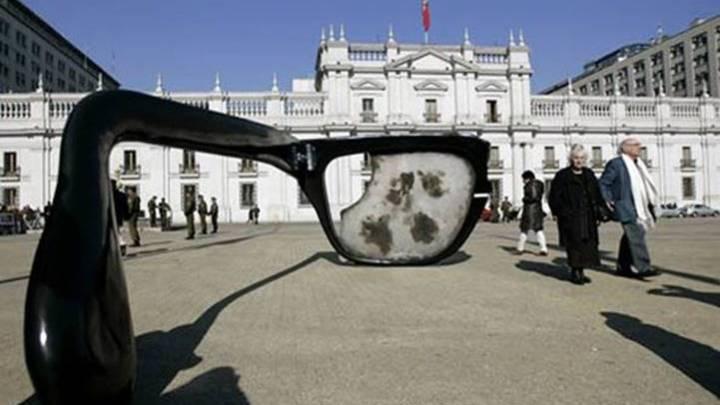 [Vídeos] O 11 de Setembro no Chile é lembrete para escalada autoritária na América Latina – por Sylvia Colombo
