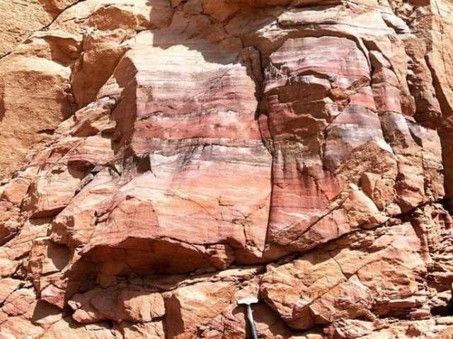 سعودی عرب کے وہ قدرتی مناظر جنہیں دیکھنے والے دنگ رہ جائیں 2