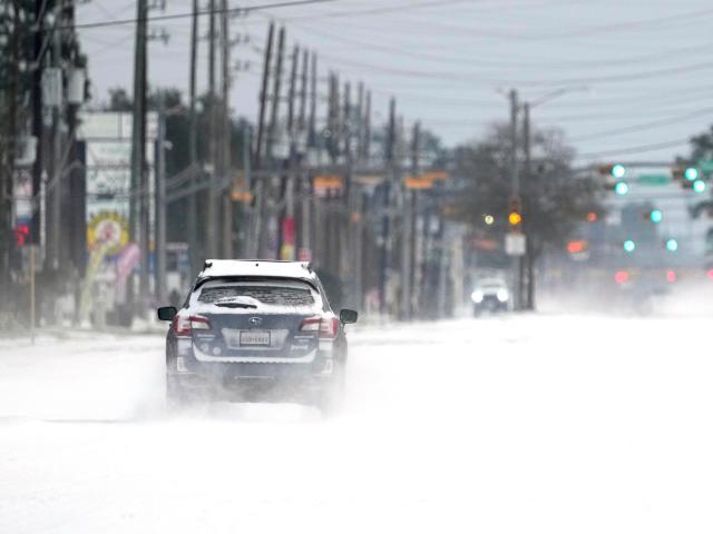 امریکا میں شدید برفانی طوفان، متعدد افراد ہلاک 2
