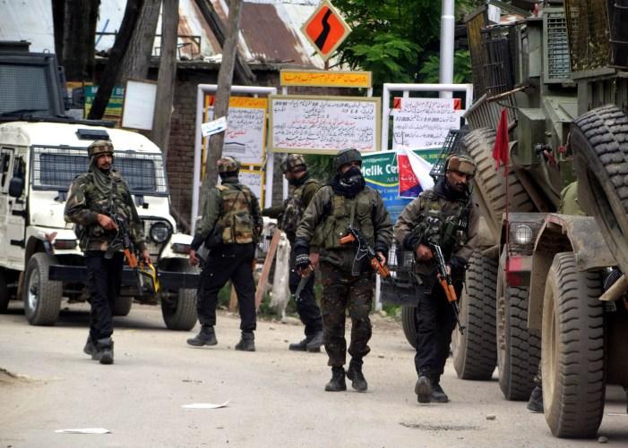راجوری میں جنگجوئوں اور سیکیورٹی فورسز کے درمیان تصادم کا آغاز