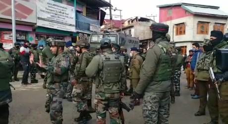 سری نگر کے مضافاتی علاقہ ایچ ایم ٹی میں جنگجووں کا حملہ، دو سکیورٹی اہلکار جاں بحق
