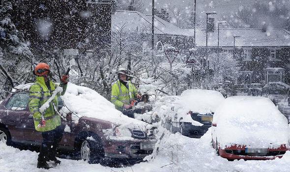 برطانیہ سمیت اسکاٹ لینڈ اور ویلز میں شدید برف باری کی وارننگ