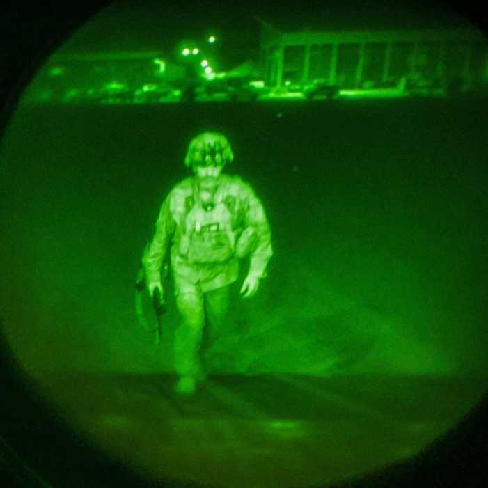 امریکہ کا افغانستان سے انخلا مکمل، آخری فوجی دستہ کابل سے چلا گیا