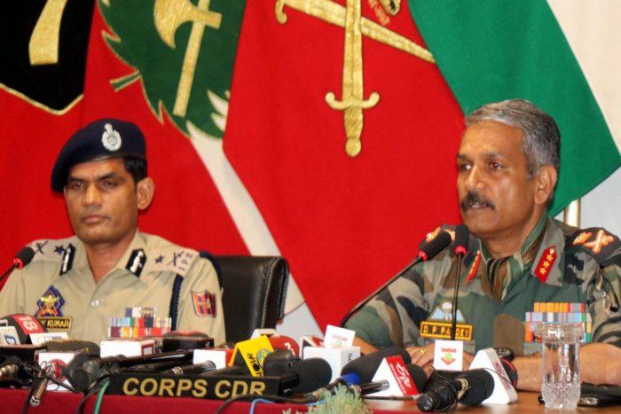 اوڑی میں تین بھاری مسلح جنگجوئوں کو ہلاک کیا ہے: فوج