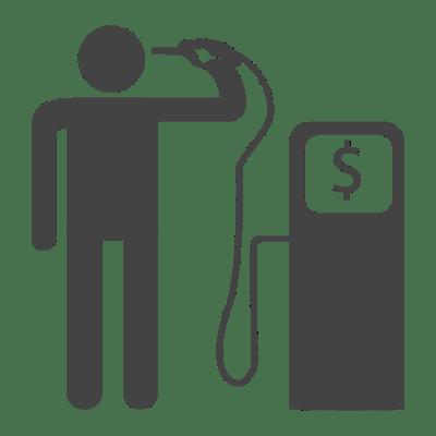 اشکومن میں پیٹرول غیر قانونی طور پر ١٨٠ روپے فی لیٹر فروخت ہو رہا ہے