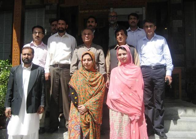 گلگت بلتستان پروفیسرز اینڈ لکچررز ایسوسی ایشن  نے کالج اساتذہ کے خلاف کاروائی کو ناانصافی قراردیا