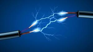 چلاس: تھک لیمت اور لوشی کے درمیان بجلی کی ایچ ٹی لائنیں  چھتوں اور درختوں سے ٹکرانے سے حادثات میں اضافہ ہونے لگا