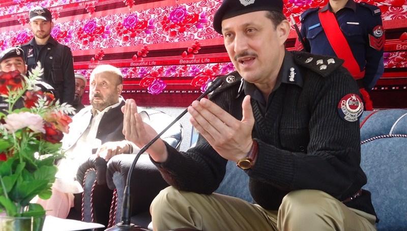 ڈی آئی جی ملاکنڈ ڈویژن آزاد خان کا دورہ چترال