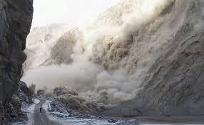 ہنزہ: سانحہ عطا آباد کو چھ سال مکمل، متاثرین بے یار مدد گار عارضی شیلٹرز میں مقیم ، میاں محمد نواز شریف کا 2010 میں اعلان کردہ 10کروڑ اب تک جاری نہ ہو سکا