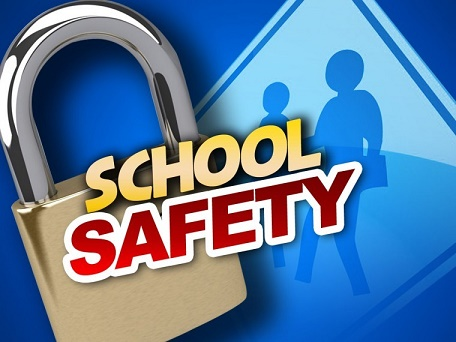 ضلعی انتظامیہ نے تحصیل گوجال کے سکولوں کو سیکیورٹی اقدامات میں اضافہ کرنے کا حکمنامہ جاری کردیا