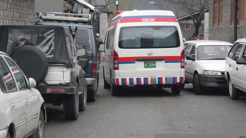 بے ترتیب پارکنگ کی وجہ سے شہریوں کو پریشانیوں کا سامنا