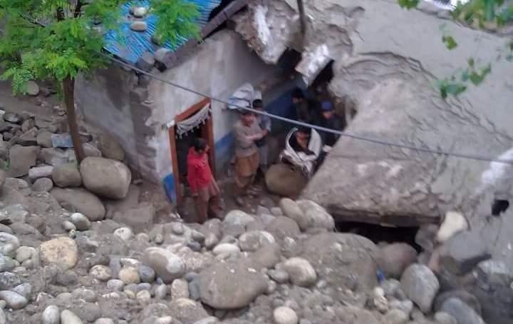 چلاس: 2010کے سیلاب متاثرین اور گزشتہ سال کے زلزلہ متاثرین تاحال حکومتی امداد کے منتظر