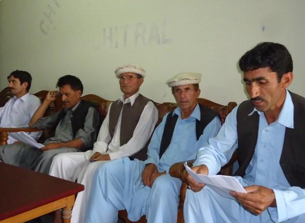 بعض سیاسی نمایندگان ایم پی اے سلیم خان کی بے پناہ مقبولیت سے خائف ہوکر اوچھے ہتھکنڈوں پر اُتر آئے ہیں۔عمائدین کاپریس کانفرنس