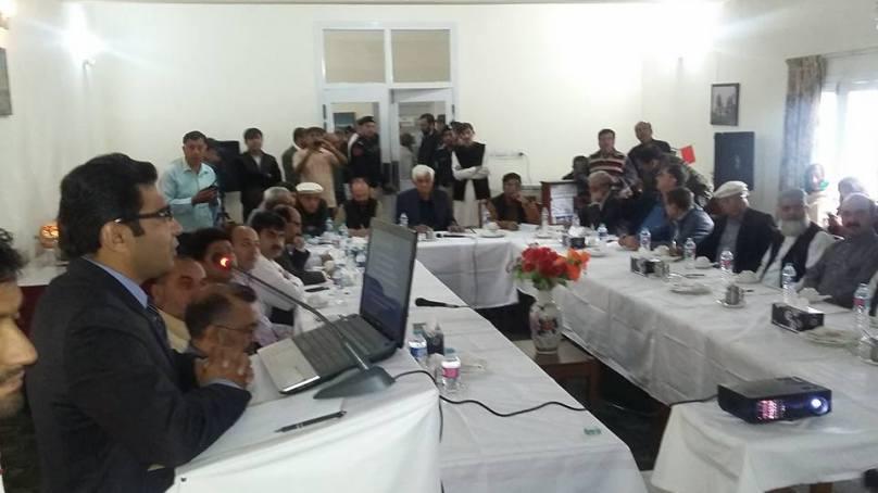ہنزہ میں عوامی نمائندوں نے سینٹ اراکین کے سامنے شکایات کے انبار لگادئیے، اقتصادی راہداری کے فوائد میں علاقے کو شریک کیا جائے، مطالبہ