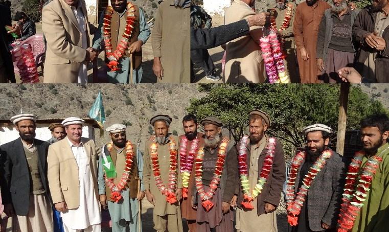 """چترال، """"دمیل نسارکے چاردیہات میں تقریبا چارسوخاندان پاکستان پیپلزپارٹی میں شامل ہو گئے"""""""