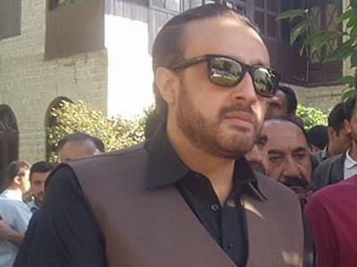 ہنزہ : ٹینڈر سے قبل علی آباد تا کریم آباد روڑ کا افتتاح عوامی مینڈیٹ کی توہین ہے، میر سلیم خان