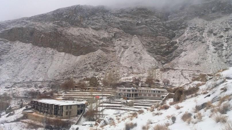 ہنزہ میں موسمِ سرما کی پہلی برفباری – تصاویر