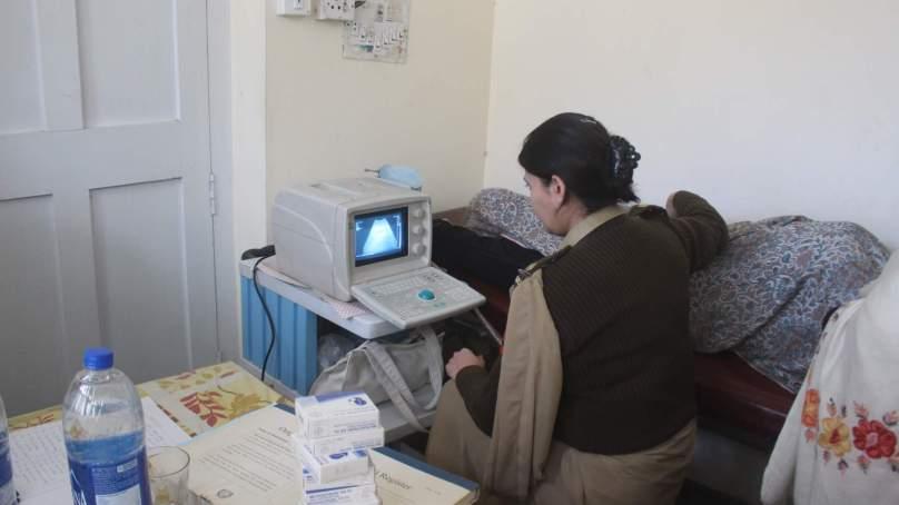 چترال: پاکستان آرمی اور چترال سکاؤٹس کی طرف سے دروش میں فری میڈیکل کیمپ کا انعقاد
