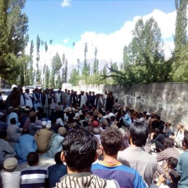 محکمہ خوراک کے خلاف یاسین میں دوسرے روز بھی احتجاجی مظاہرہ، پانچ گھنٹے تک شاہراہ بلاک