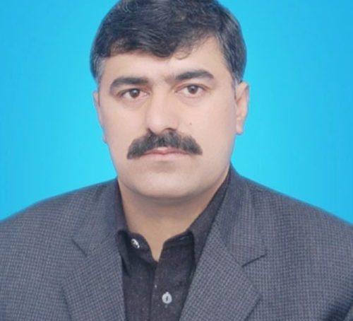 جاوید حسین دن کو اسمبلی میں نون لیگ کی مخالفت کرتا ہے اور رات کو حاجی جانباز سے معافیاں مانگتا ہے، اسلامی تحریک