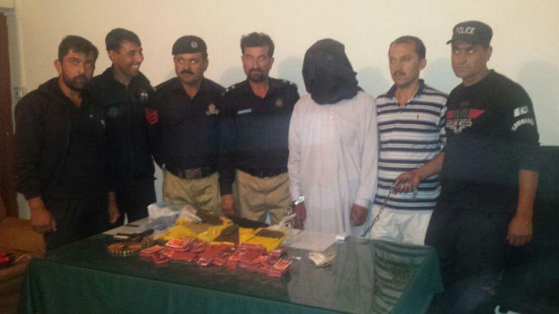 ہنزہ پولیس کی سماج دشمن عناصر کے خلاف کاروائیاں، بھاری مقدار میں منشیات برآمد