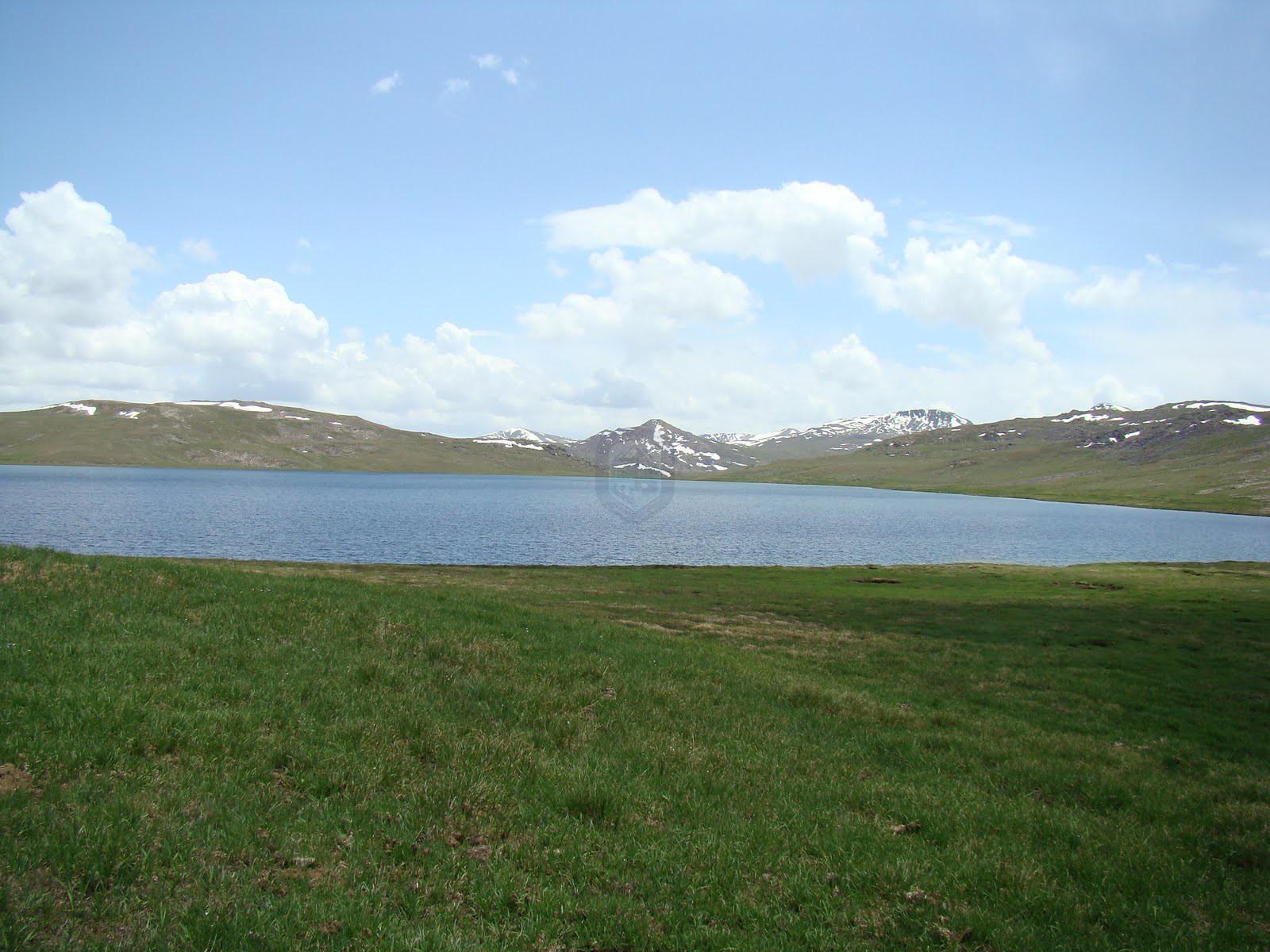 Sheosar-Lake-in-Deosai-Plains01