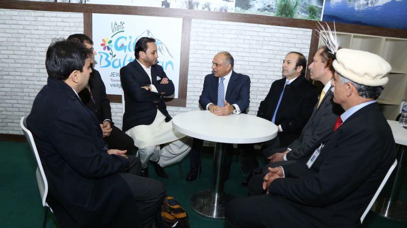 وزیر اعلی نے لندن میں سیاحتی میلے میں گلگت بلتستان کے سٹال کا افتتاح کیا
