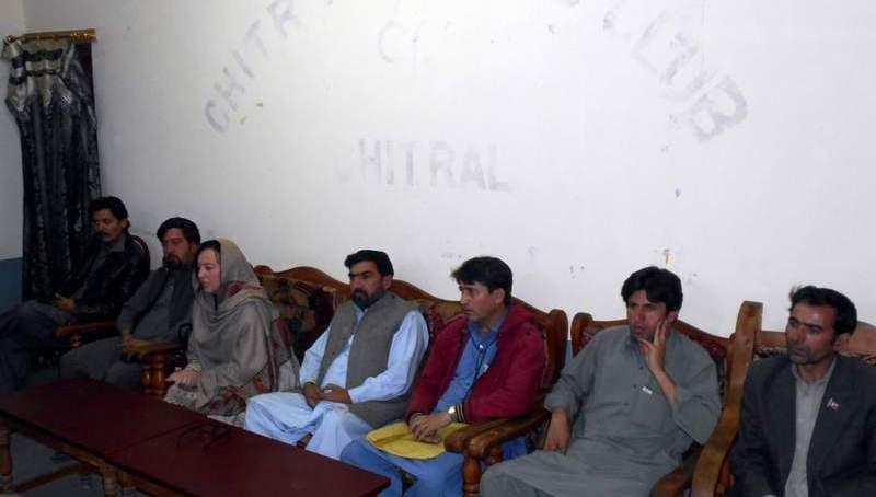 عمران خان 8نومبرکو چترال کا دورہ کریں گے،ایم پی اے بی بی فوزیہ/عبدالطیف کی پریس کانفرنس