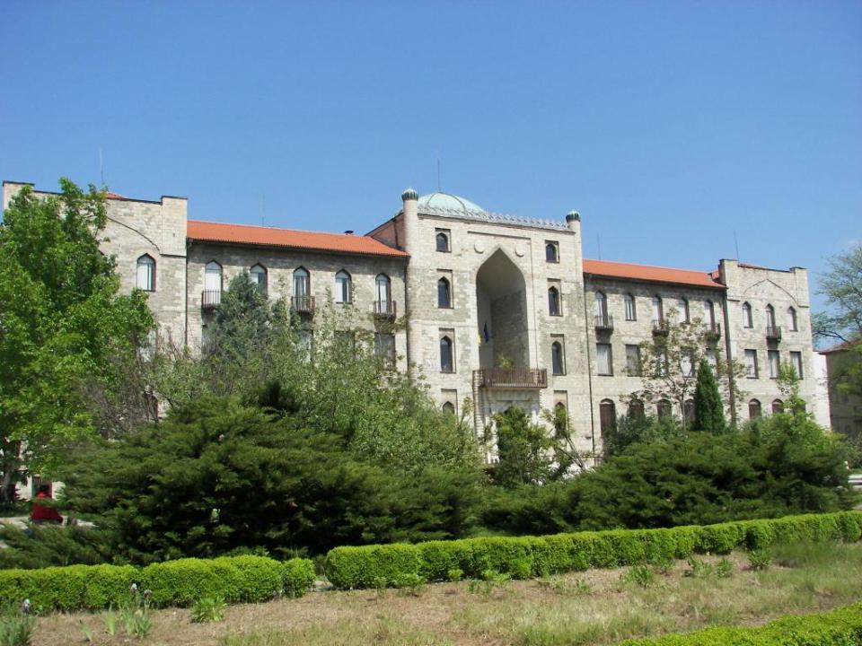 Спорната сграда на Историческия музей в Кърджали.