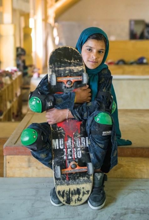 7_Afghanistan-Skateboarding-693x1024