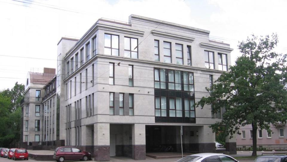 """Сградата на """"Интернет проучвания"""" - фабриката за тролове на Кремъл"""