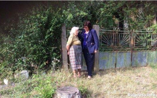 Корнелия Нинова в обиколка по селата като лидер на БСП и депутат в 43 НС