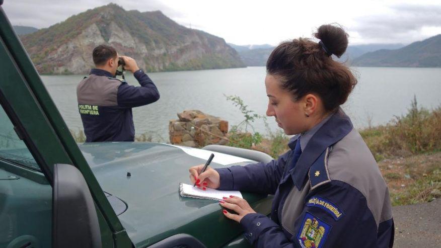 Румъния полицаи