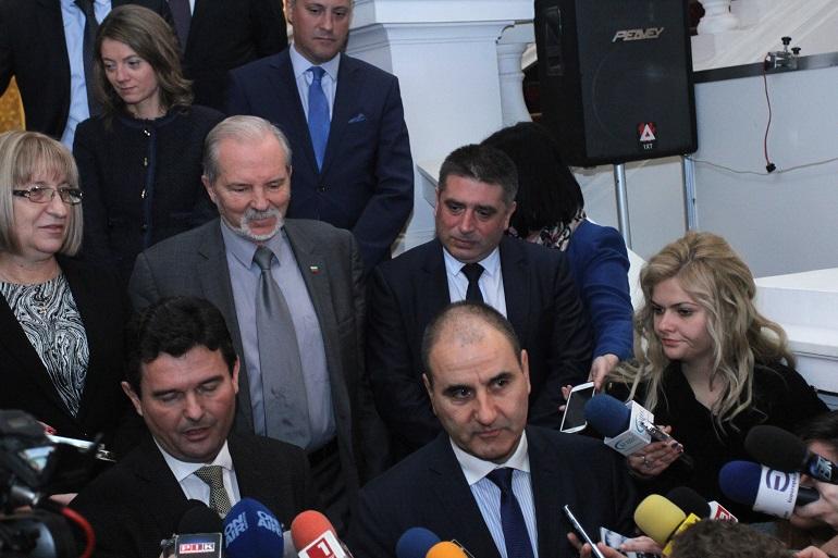 Преговарящите за кабинет в рамките на 43-ия парламент не се разбраха...