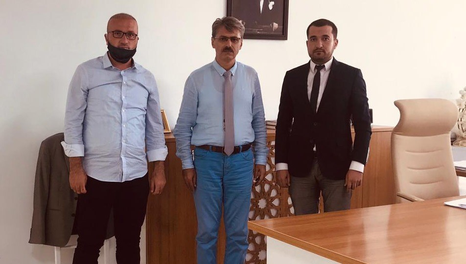 CHP Kayıt Ücretlerini Milli Eğitime Aktardı