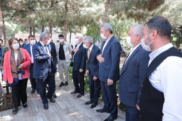 Başkan Beyazgül ; Muhtarlar devlet ile millet arasında ilk köprüdür