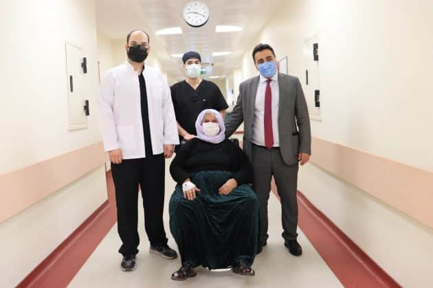 harran üniversitesi- ıraklı hasta- göz ameliyatı